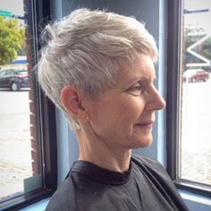hairstyles for overweight over 60